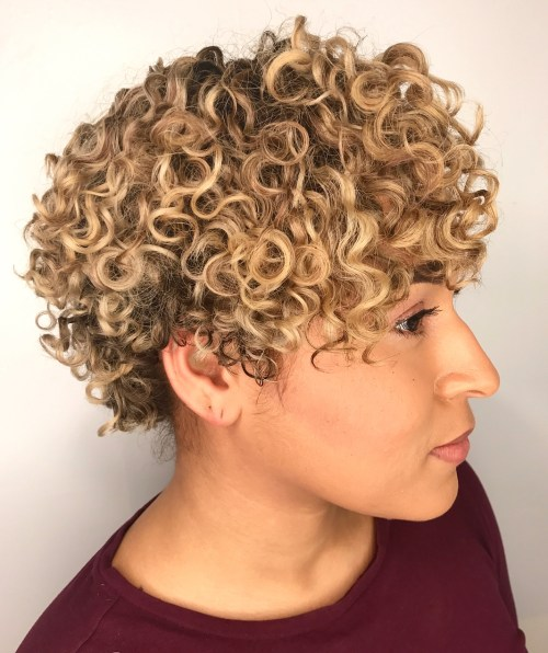 trendy curly short hairstyle looks for free spirits 30