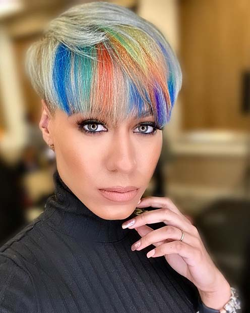 trendy curly short hairstyle looks for free spirits 45