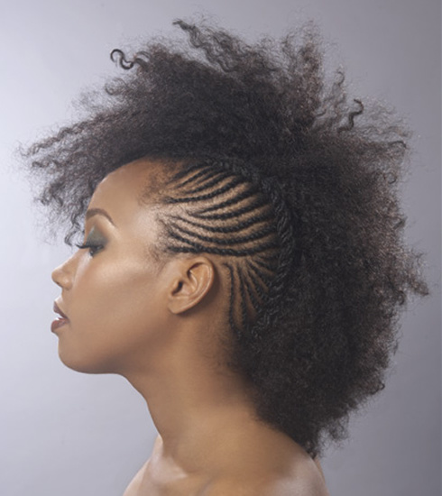 trendy curly short hairstyle looks for free spirits 7