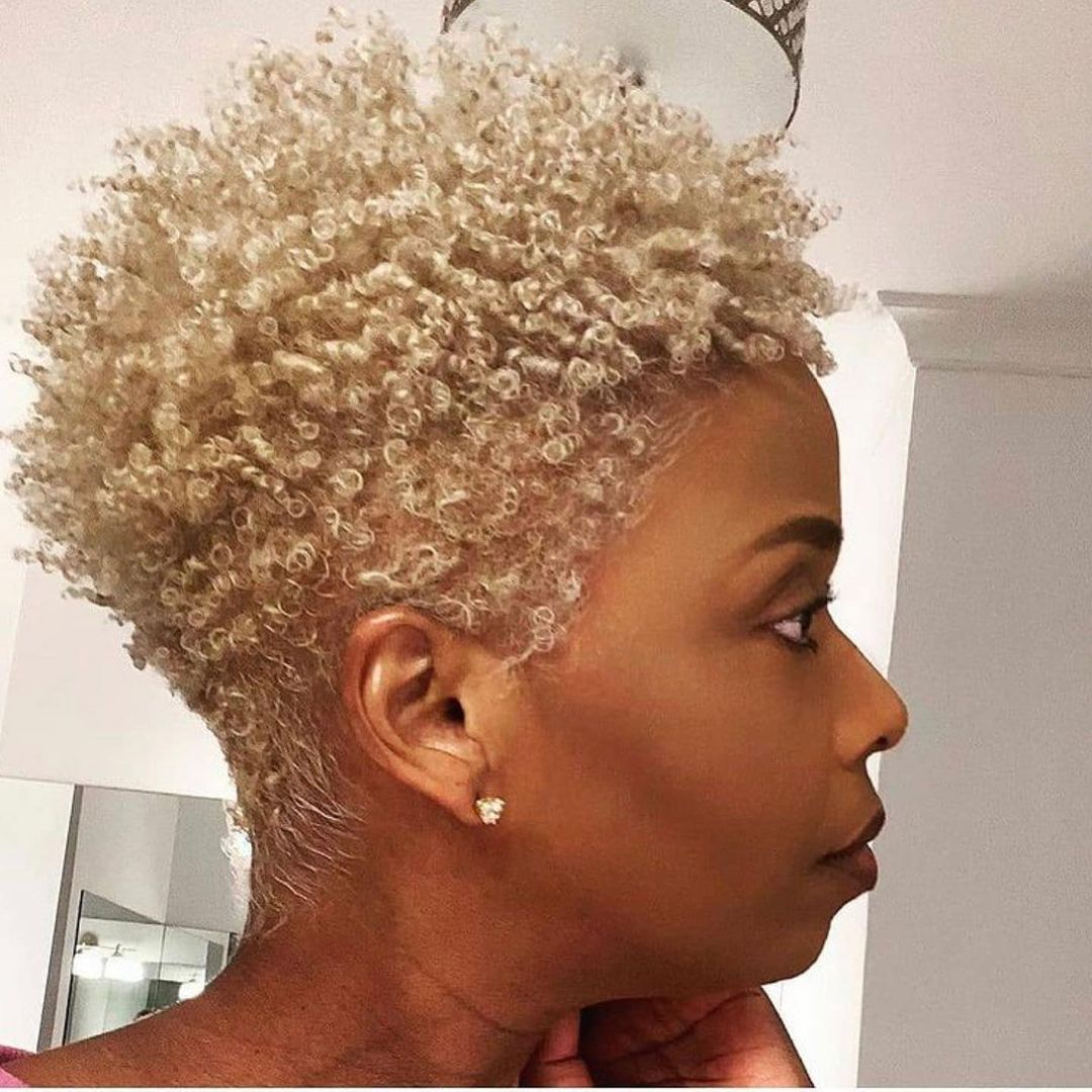 beautiful hairstyle for short curly hair 15