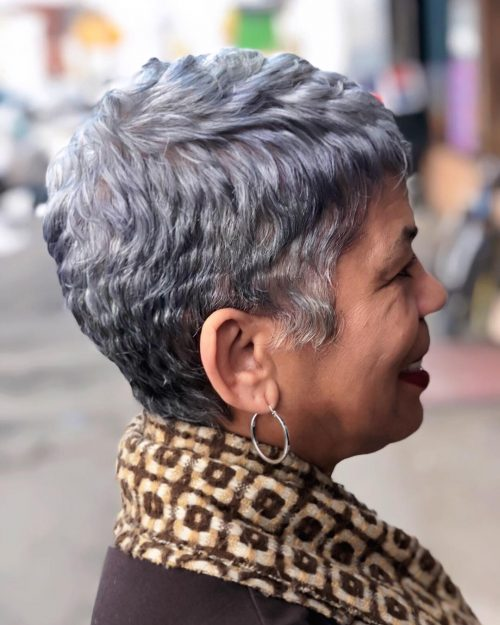 short haircuts female over 50 2021 3