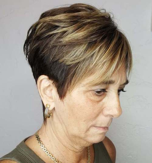 short haircuts female over 50 2021 7