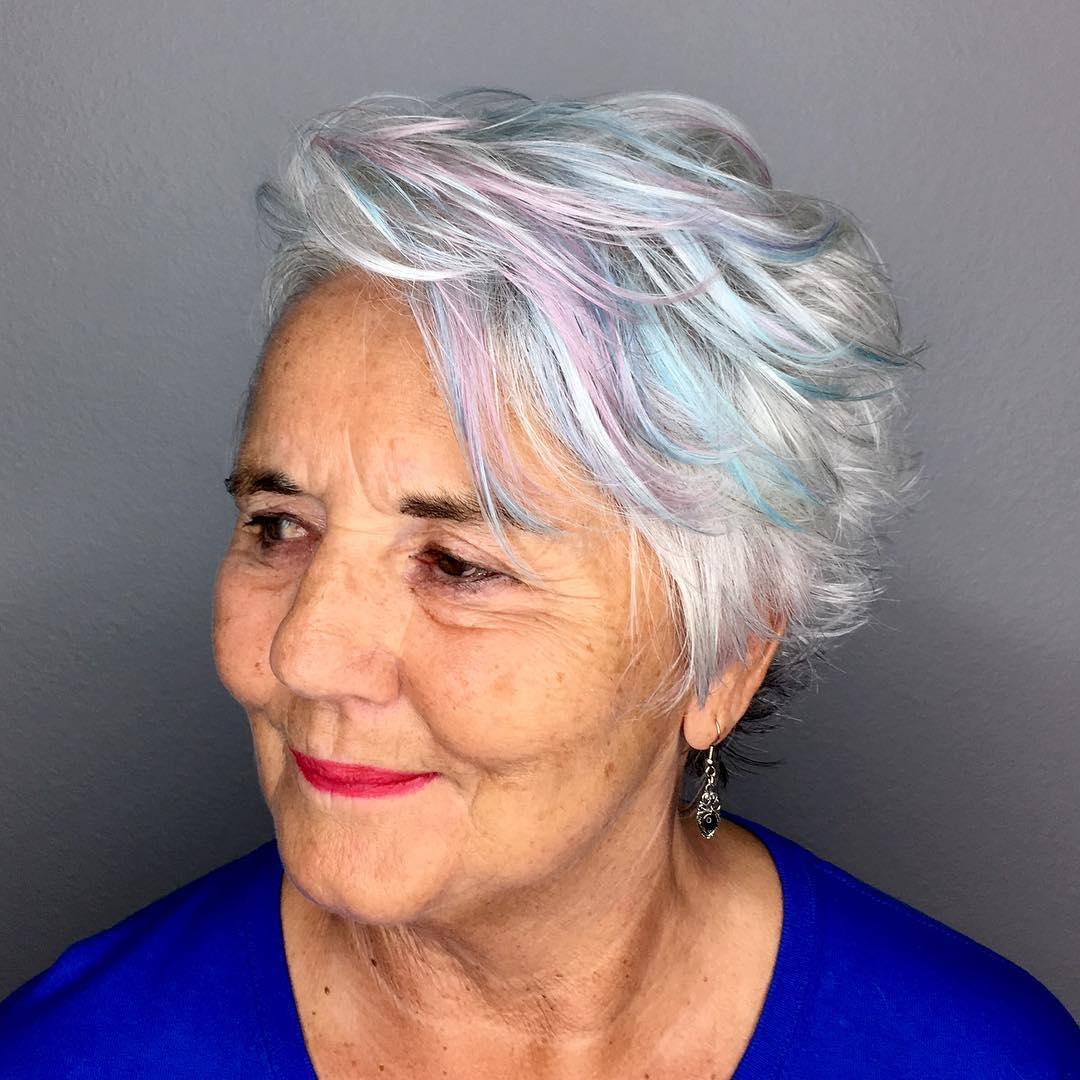 short haircuts female over 50 2021 8