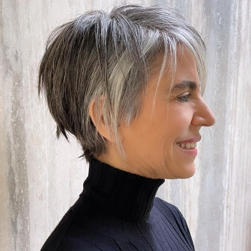 short hairstyles for women over 50 new 14