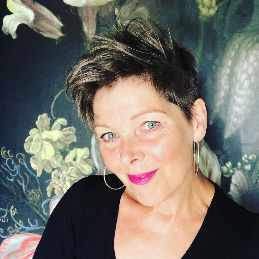 short hairstyles for women over 50 new 16