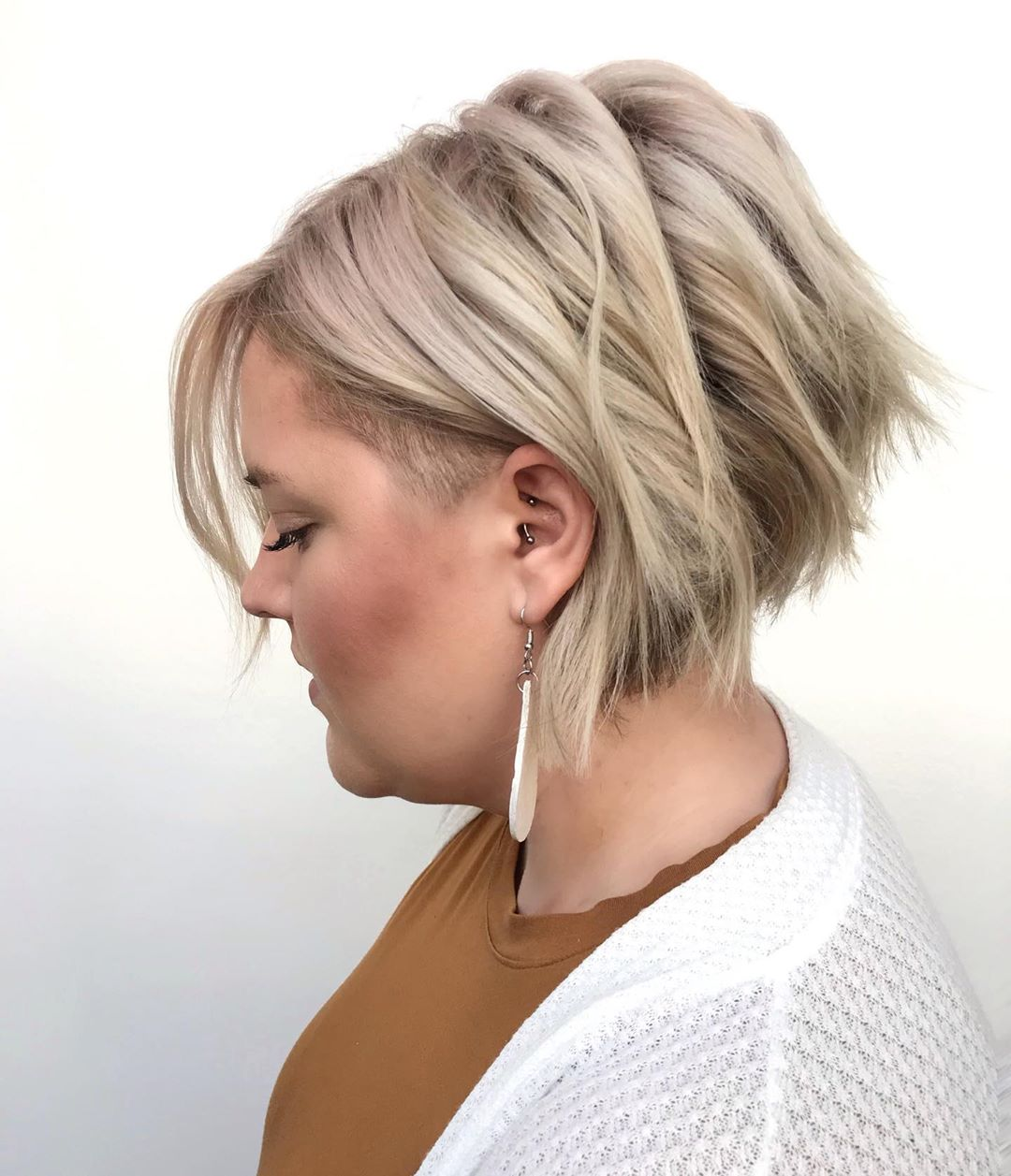 short hairstyles for plus size women 12