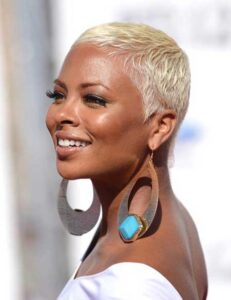 what are the best short natural haircuts for black females 20
