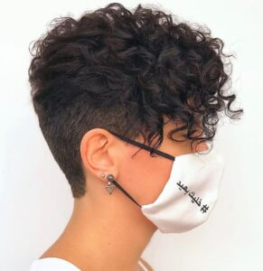 what is the best haircut for short curly hair 15