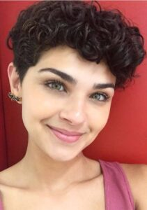 what is the best haircut for short curly hair 2