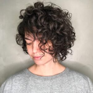 what is the best haircut for short curly hair 23