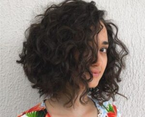 what is the best haircut for short curly hair 28